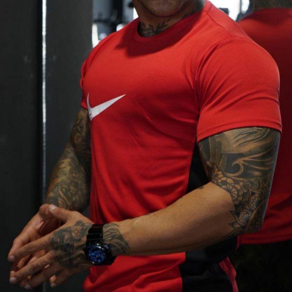 تیشرت نایک قرمز
